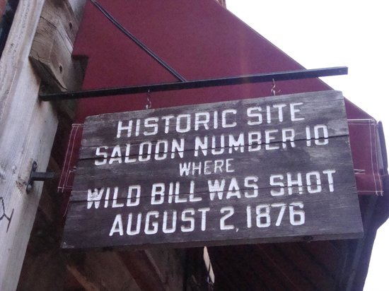 Historic Old Town: Dead Mans Hand in Deadwood Saloon No. 10