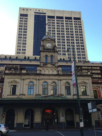 Sofitel Brisbane Central: Central Station and Hotel