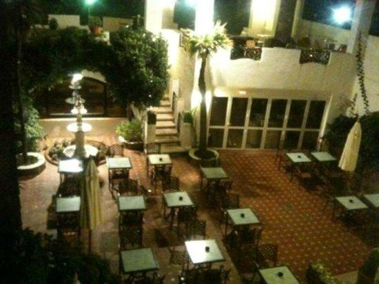 Hotel Diana : vista desde la habitación 105