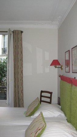 New Orient Hôtel : Habitación