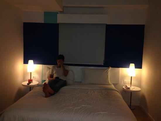 The BnB Jakarta Kelapa Gading: nice bedroom