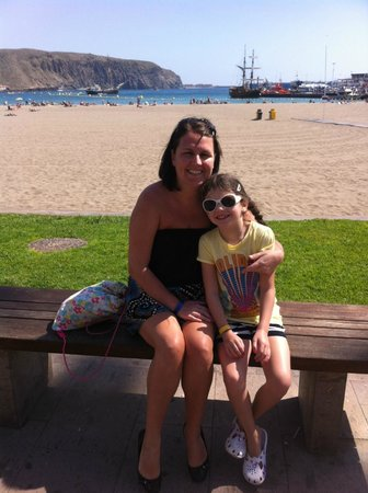 Gran Oasis Resort: Beach as Los Christianos