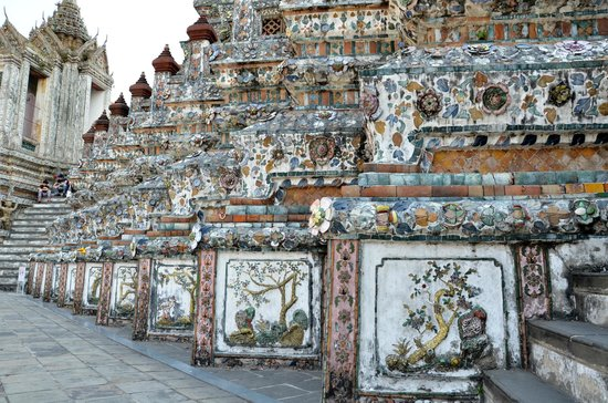 Templo del Amanecer (Wat Arun): Beautiful porcelain panels