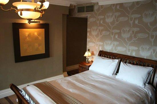 Jackson Court Hotel: Bedroom