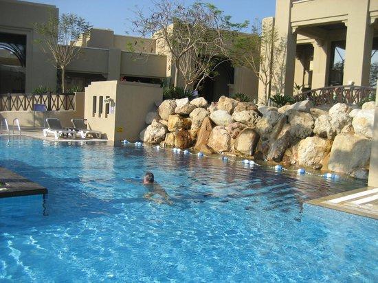 Holiday Inn Resort Dead Sea: una delle piscine