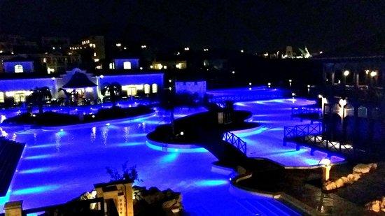 Melia Villaitana: Zona de piscina