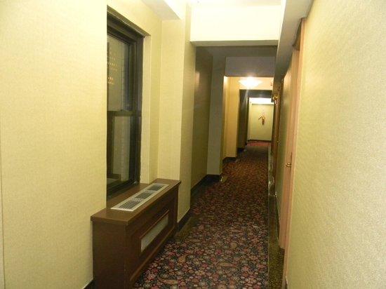 Hotel Edison Times Square : corridor