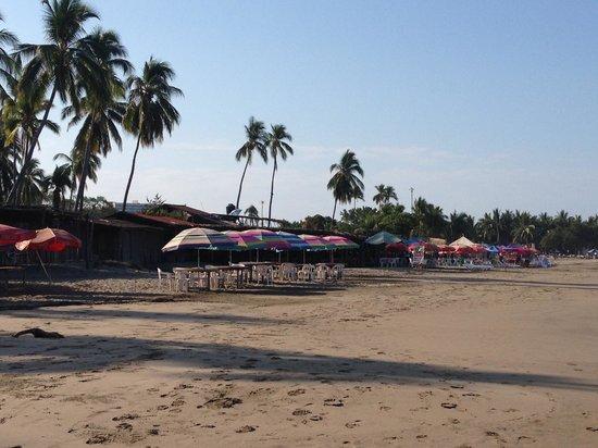 Playa Linda: Restaurant near the pier