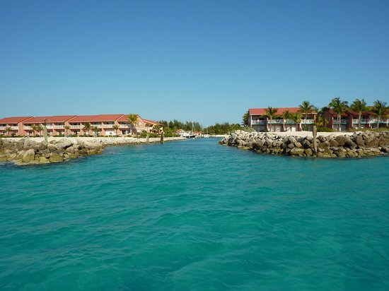 Bimini Sands Resort and Marina: Entrance to the Marina