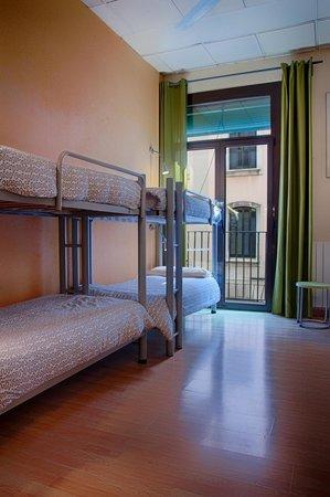 Itaca Hostel: Dormitorio