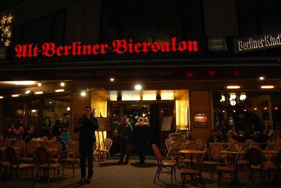 Alt Berliner Biersalon: Alt Berliner - entrata