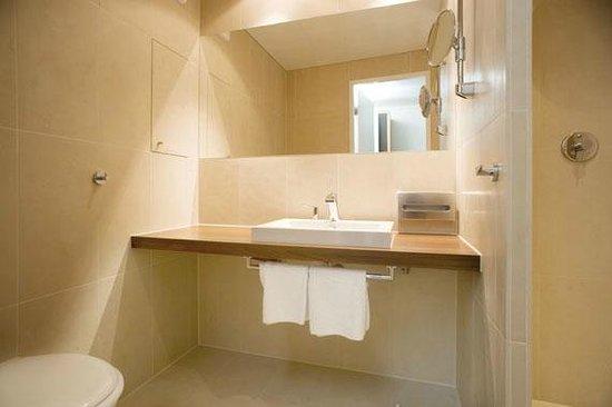 Fuerstenfelder Hotel: Badezimmer