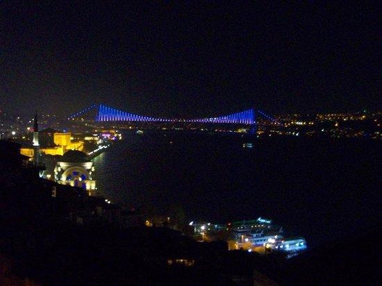 Sed Hotel: Köprü manzarası