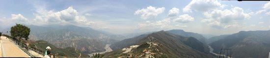 Parque Nacional de Chicamocha: Vista desde mirador 360° Panachi