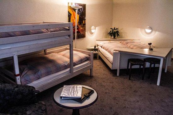 Hotel Viktoria Eden: Familienzimmer