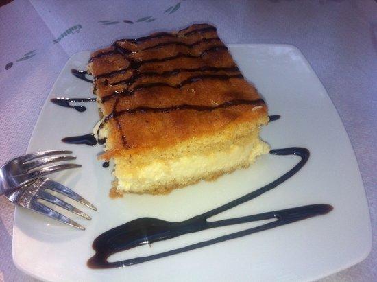 Damnoni Taverna: Lemon pie...