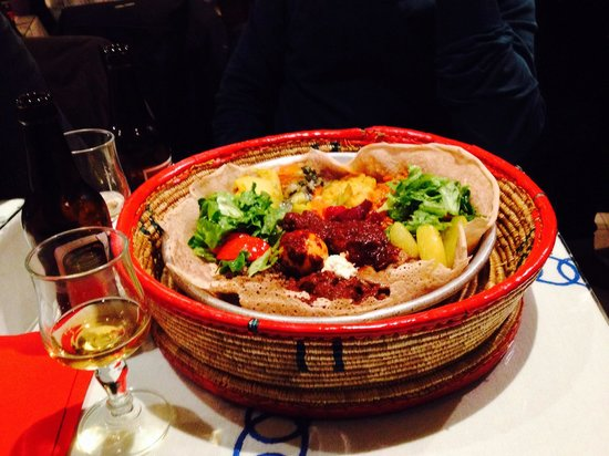 Godjo Restaurant: Mix piatto di carne e vegetariano