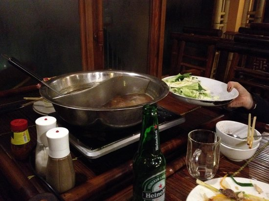 Panorama Restaurant: The Hot Pot cooked on our table - yummy