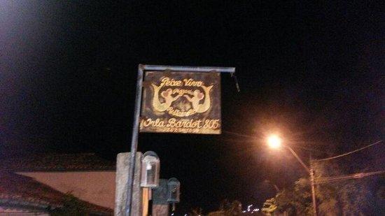 Restaurante Peixe Vivo : cartel entrada