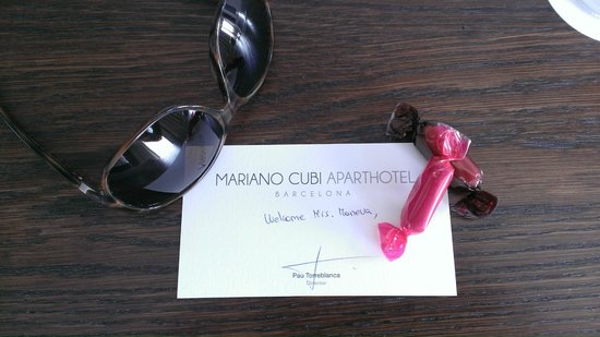 Aparthotel Mariano Cubi: This personal gesture made me smile the whole day :)