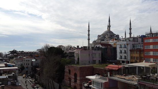 The Byzantium Hotel & Suites: blue mosque from terrace
