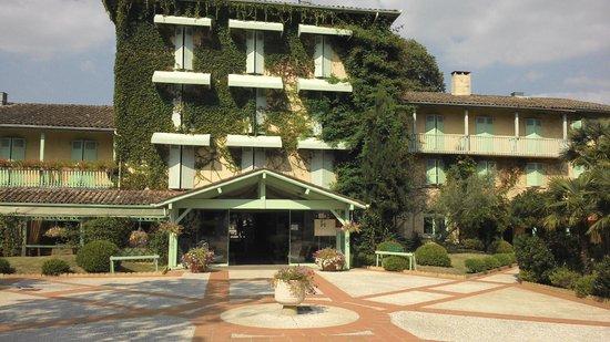 Domaine de Fompeyre : front of hotel