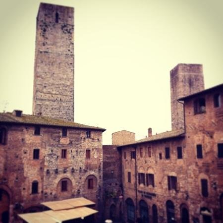 Hotel Leon Bianco: Vista dalla camera 12 (ritoccata con instagram)
