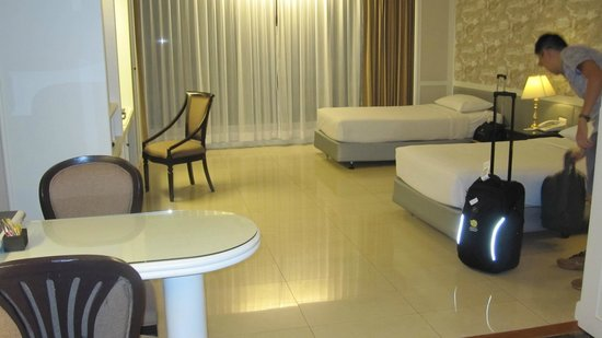 Centre Point Pratunam Hotel: Room