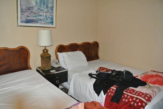 Hotel Carter : Grand lit, trés bien !