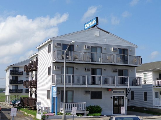 "Jonathan's Hotel ""On the Oceanfront"": Jonathan's On The Oceanfront"