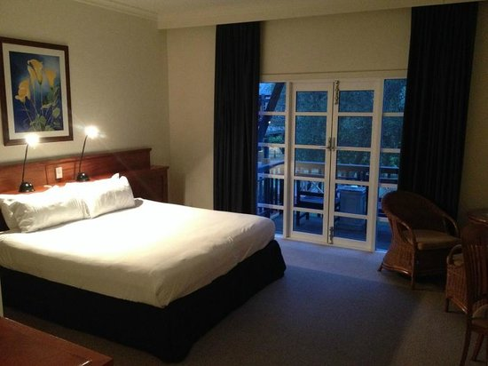 The Novotel Vines Resort Swan Valley: Bed