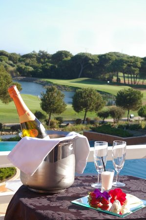 Hotel Quinta da Marinha Resort : Golf View Room - Romantic Package