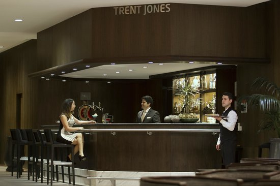 Hotel Quinta da Marinha Resort : Bar Trent Jones