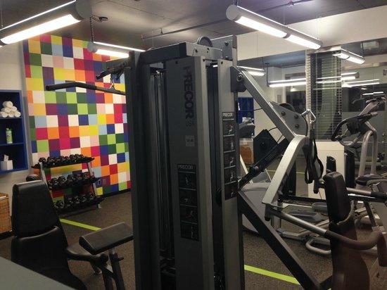 Alt Hotel- Toronto Airport: gym