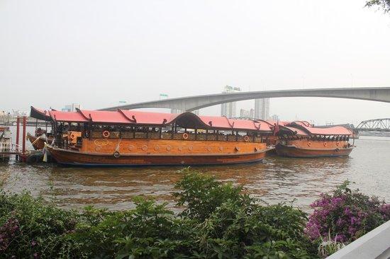 Anantara Riverside Bangkok Resort : EMBARCADERE