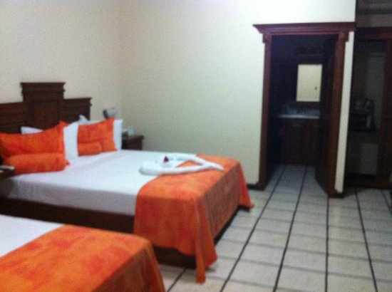 Arenal Manoa Hotel : Our Room