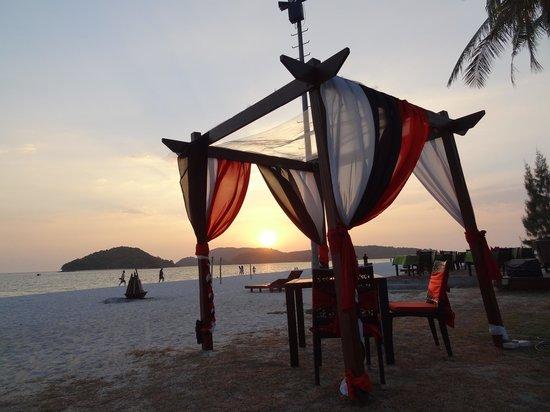 Meritus Pelangi Beach Resort & Spa, Langkawi: La plage