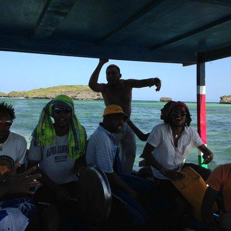 Crystal Bay Resort: Beach Boys team