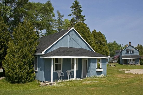 Wireless Bay Cottages Photo