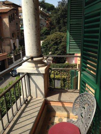 Hotel Aventino: Balcony