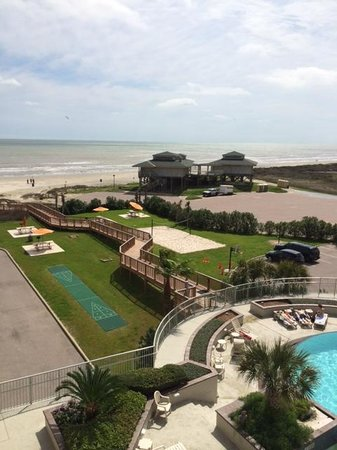 Holiday Inn Club Vacations Galveston Beach Resort: View from Balcony