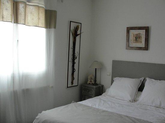 La Villa Clava : chambre/room Camille (RDC/ground floor)