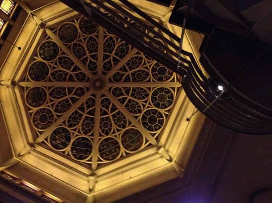 John's of Times Square : The gorgeous ceiling