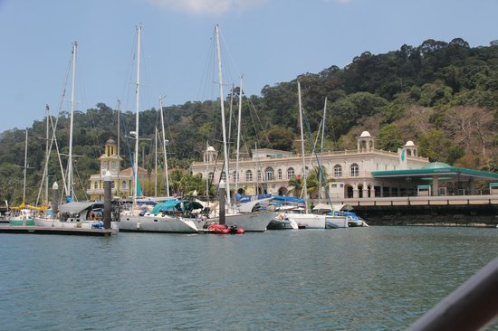Langkawi Duck Tours- Day Tours: Sailing past Petronas Quay