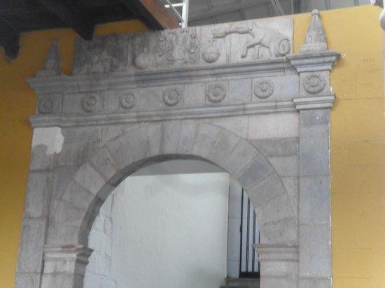 Convento de Santo Domingo: Detalhes do teto no interior