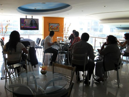 Blue Star Hotel: Restaurant