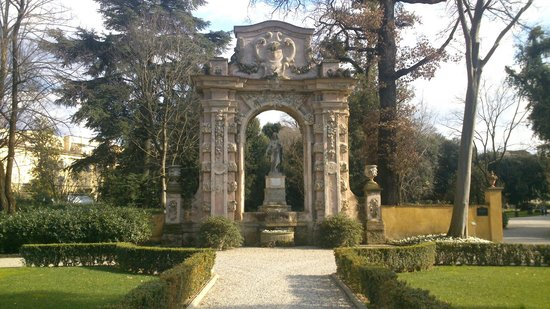 Four Seasons Hotel Firenze: Giardino