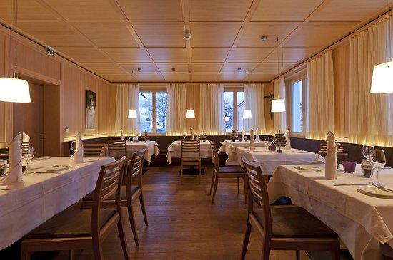 Gasthof Wälderhof: Restaurant im Wälder hof rmit der Haubenküche