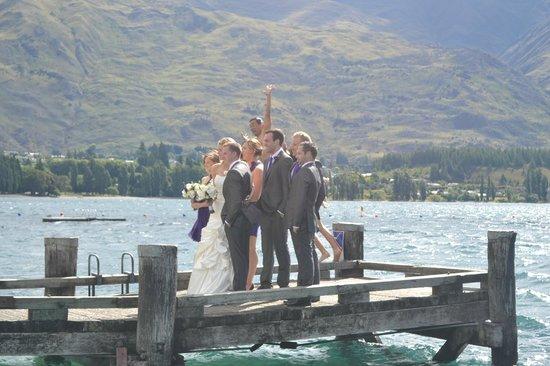 Noiva tirando foto em Wanaka