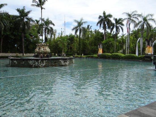 Melia Bali Indonesia: The Entrance.